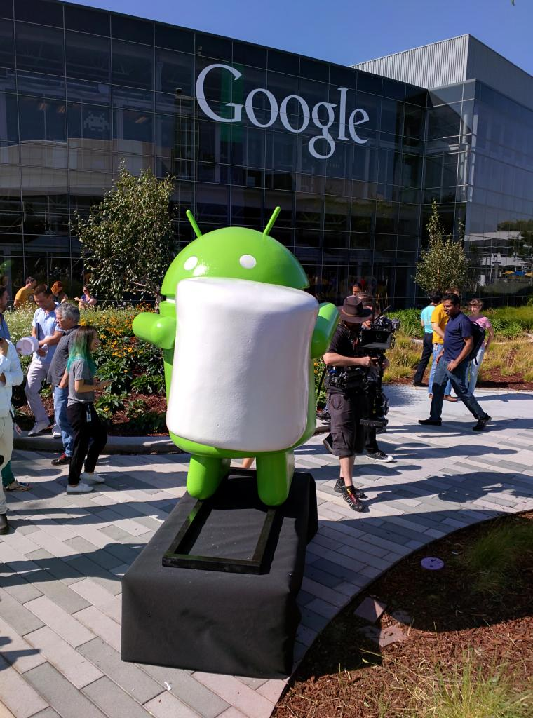 Android-Marshallow-estatua-Google