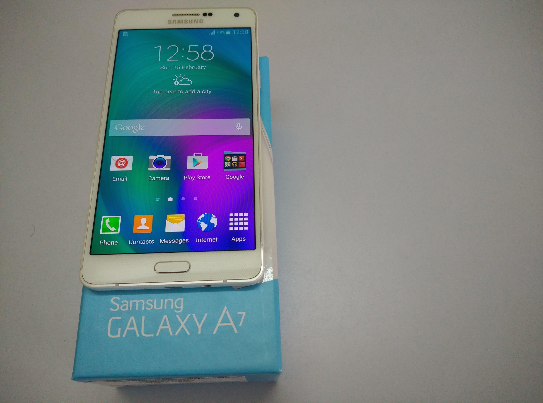 Samsung Galaxy A7 por desgracia no se vende oficialmente en México