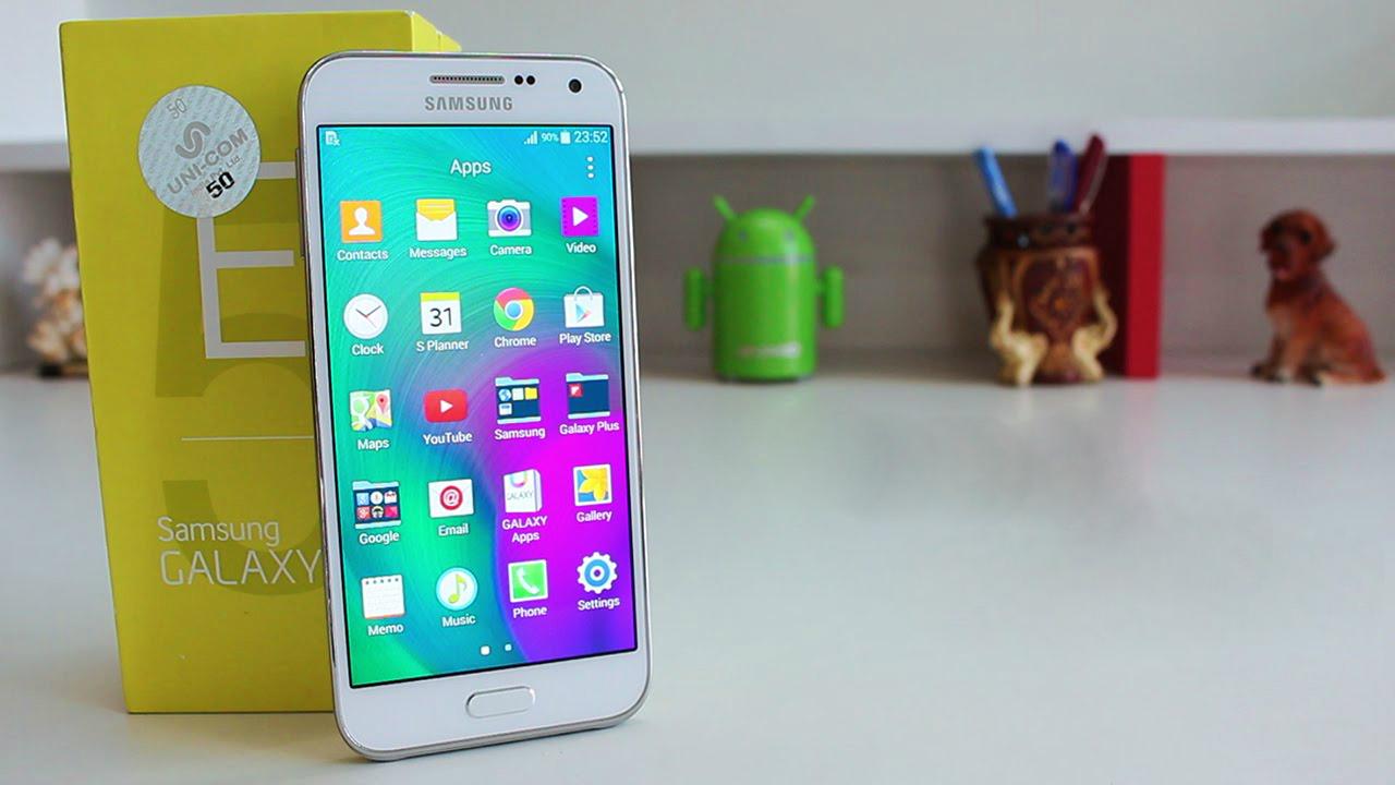 Samsung Galaxy E5 es una buena opción, sin embargo su valor no tanto