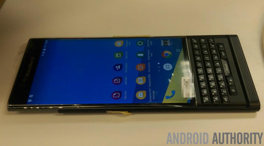 BlackBerry-Venice-fotos-a-detalle(1)