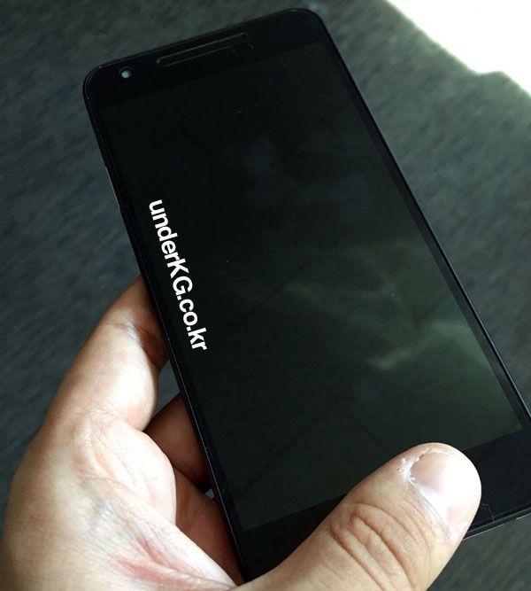 LG-Nexus-5x-azul-menta