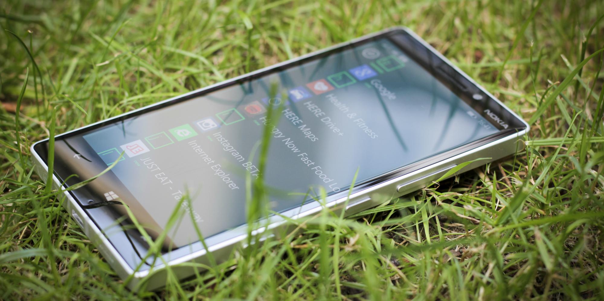 Lumia 930 viene con Windows Phone 8.1 actualizable a Windows 10