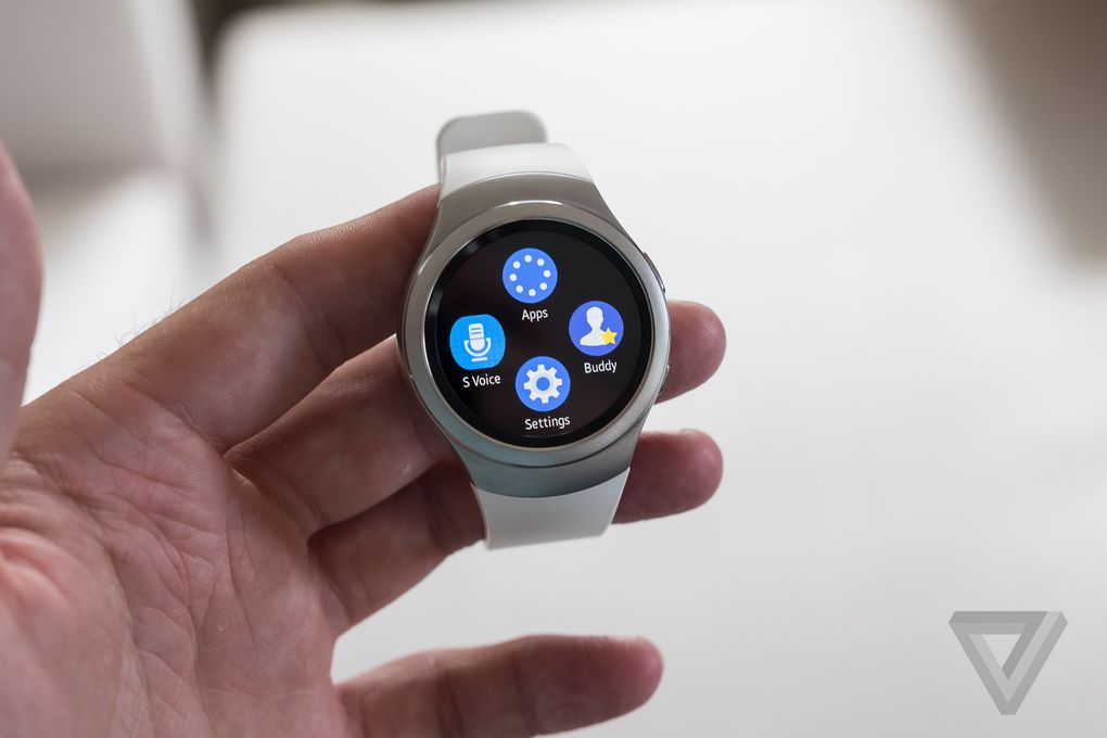 Samsung-Gear-S2-hands-on-IFA-2015(7)