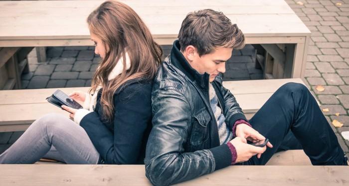Phubbing provoca bajos niveles de satisfacción en la relación