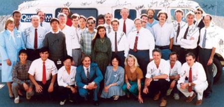 El equipo de Qualcomm que realizó la primer llamada mediante la red CDMA.