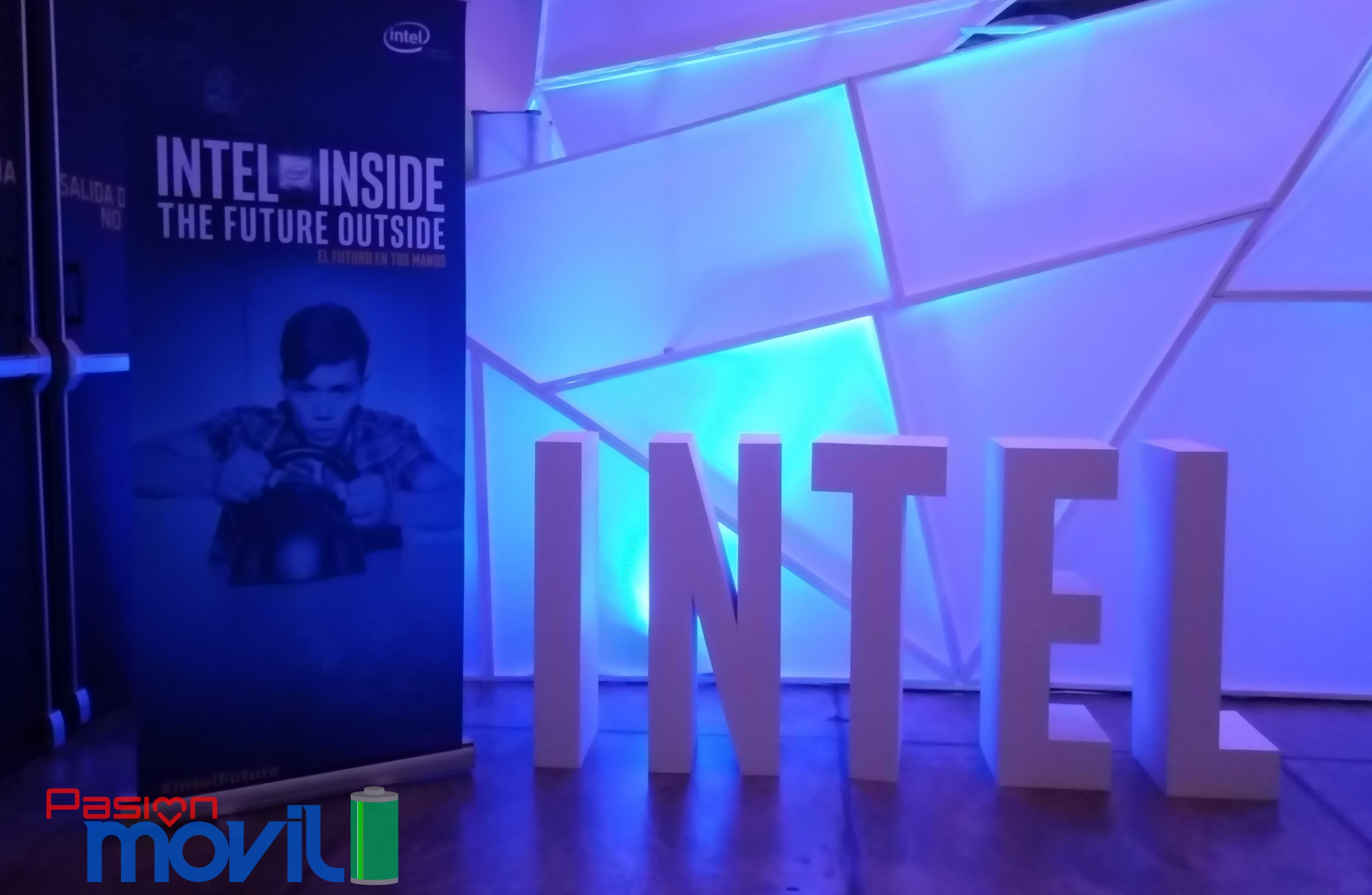 Intel Showcase 2015