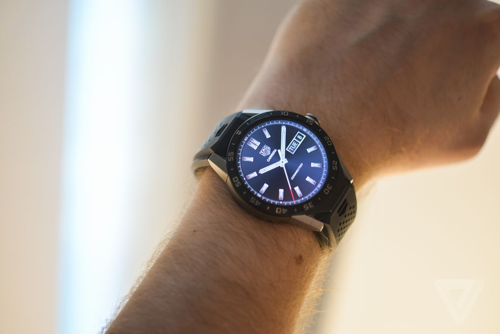 TAG-Heuer-Connected-Hands-On-1