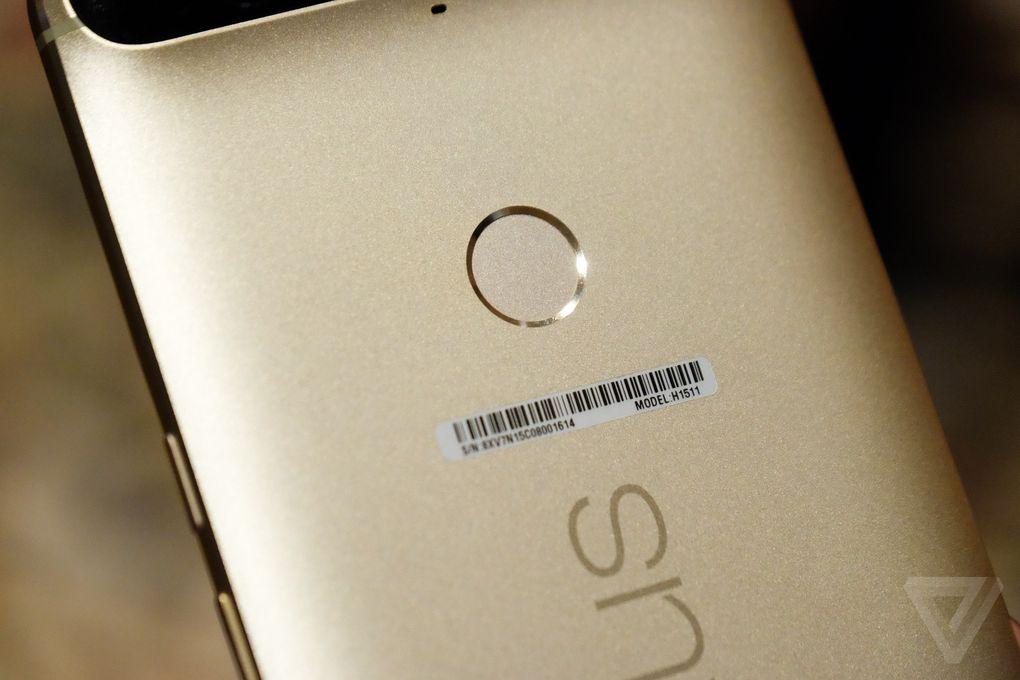 Huawei Nexus 6P dorado CES 2016 3