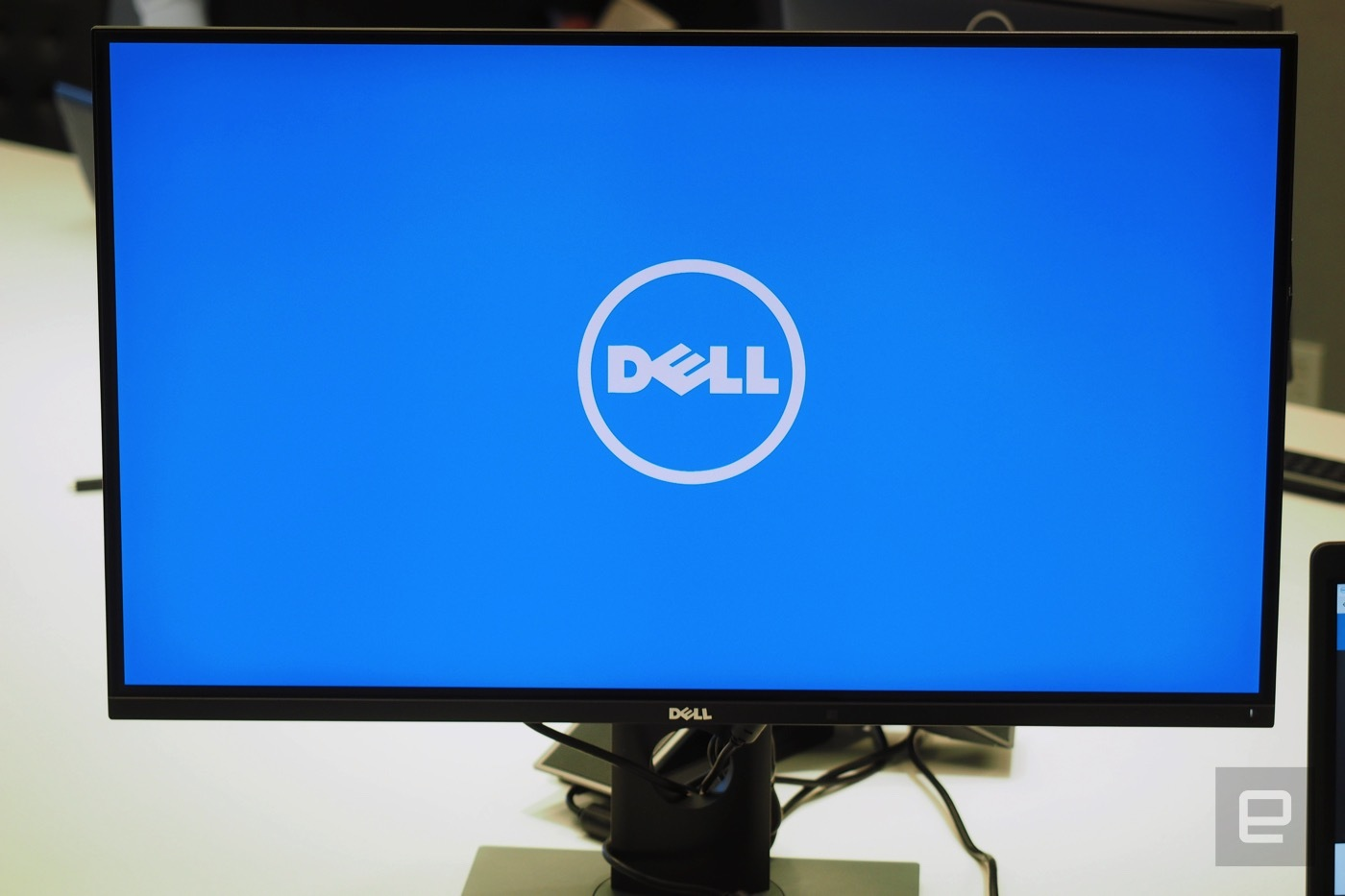 dell panel oled 4k ces 2016 7