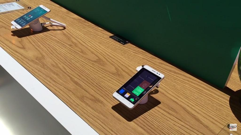 linea-smartphones-Hisense-CES-2016