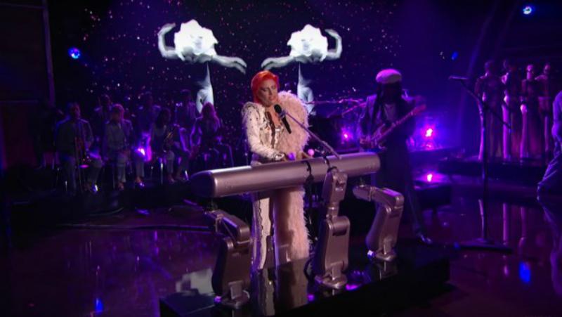 Intel-Lady-Gaga-Grammy4
