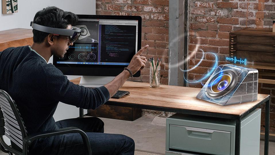 Microsoft HoloLens comenzará a llegar a los desarrolladores