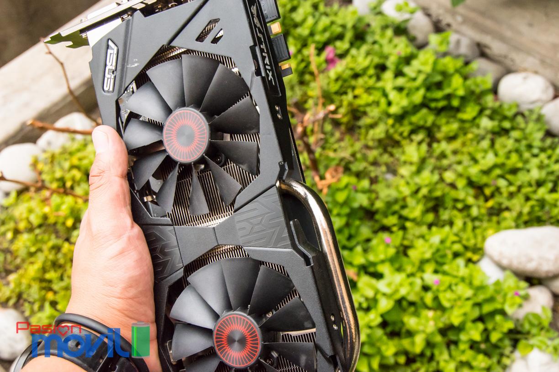 Strix 970 cuenta con dos ventiladores de 92 mm