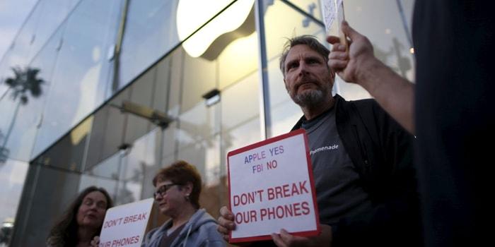 fbi-entra-iphone-5c-terrorista-sin-ayuda-apple