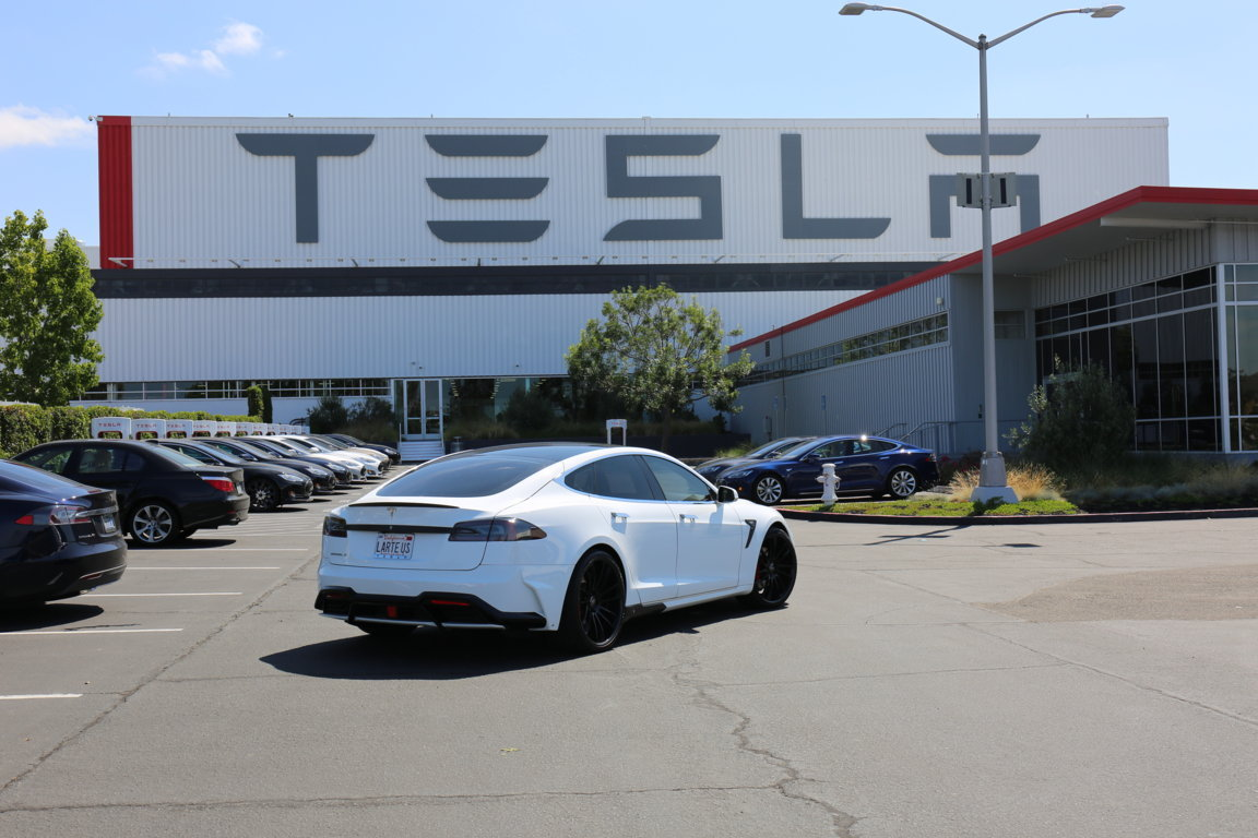Tesla-S-Elizabeta-5-