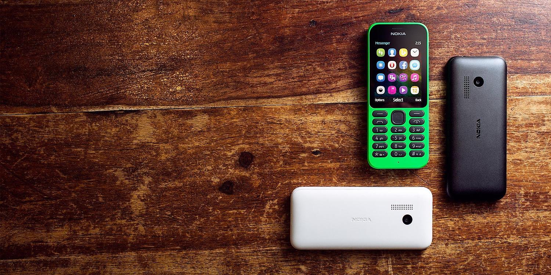 Foxconn vendería feature phone con la marca Nokia