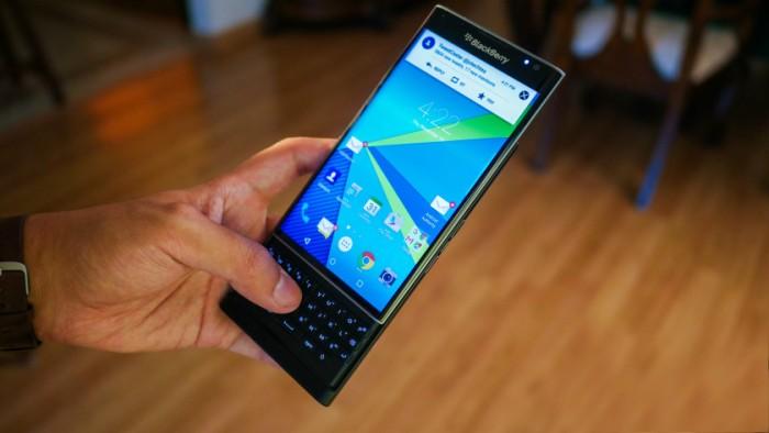 BlackBerry prepara nuevos equipos con Android
