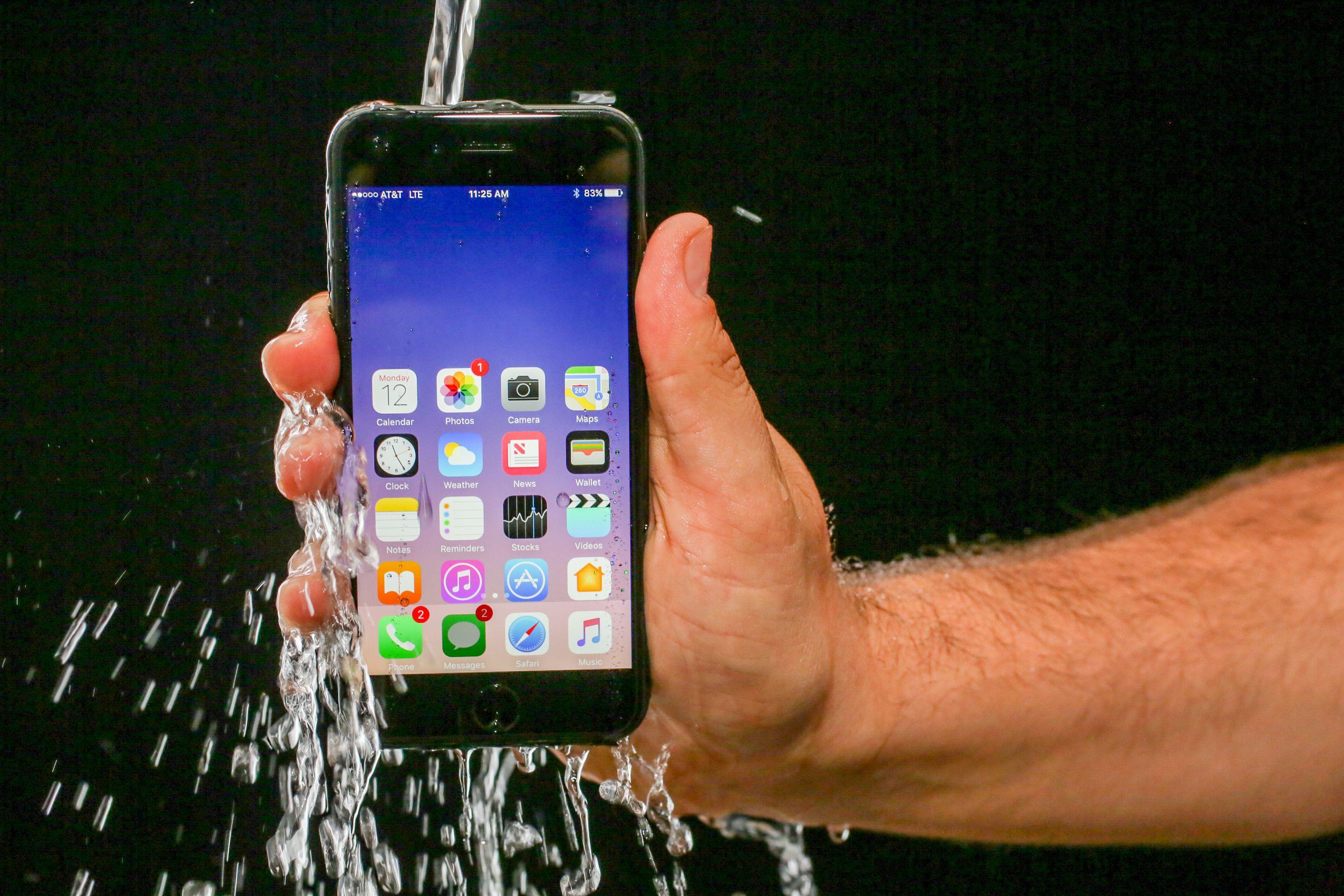 iPhone 7 es más caro de producir, pero mantiene el precio de venta