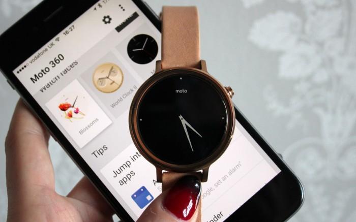 iphone moto smartwatch