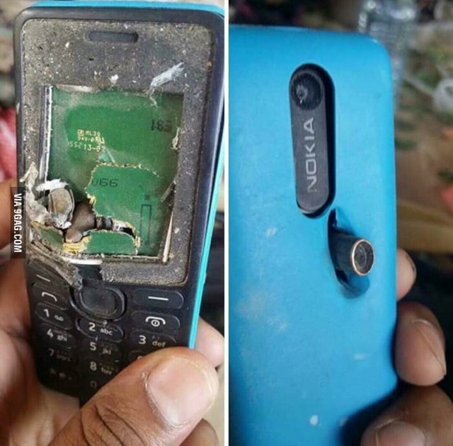 Nokia 201 detiene bala en Afganistán
