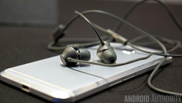 HTC-Bolt-hands-on-11