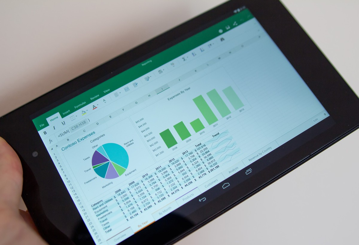 excel-androidtablet-hero
