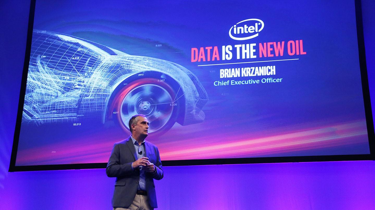 Intel se une a la moda de los vehículos autónomos