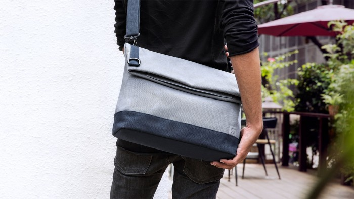 one plus travel messenger bag