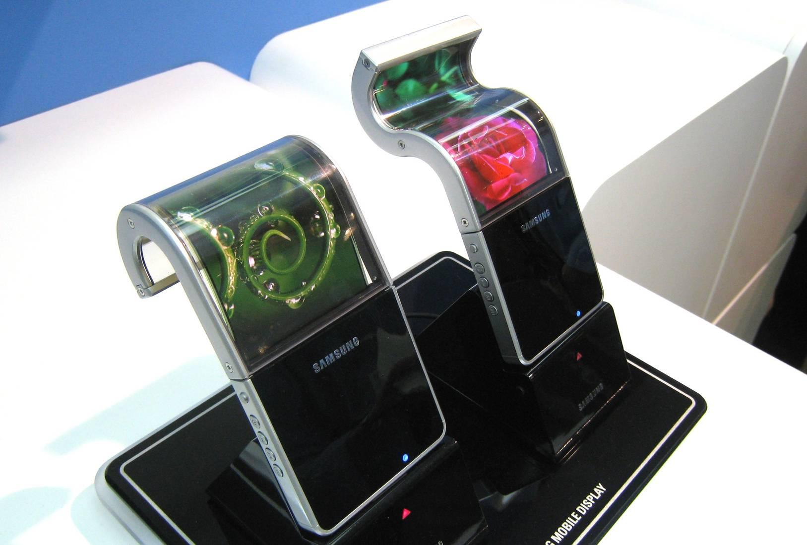 samsung-flexible-displays