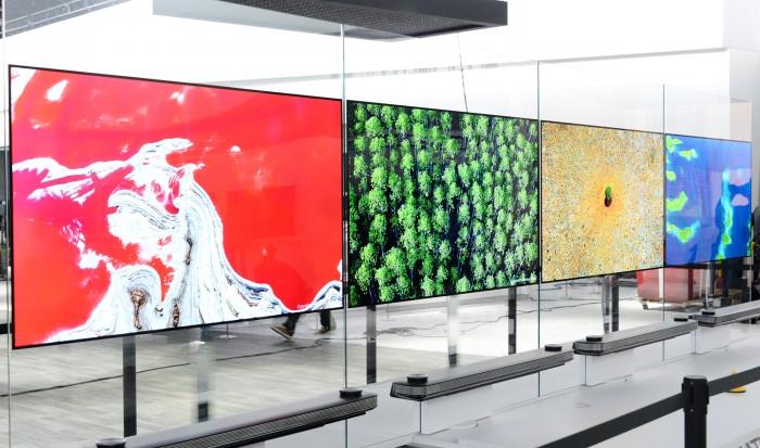 LG-SIGNATURE-OLED-TV-W_1