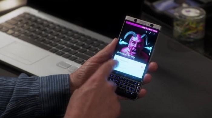blackberry-mercury-last-man-standing