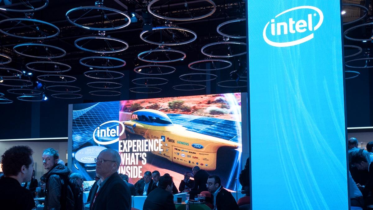 Intel-MWC2017-5G