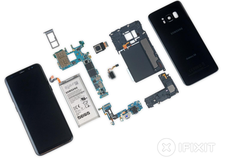 Así terminó el Galaxy S8 tras desarmarlo completamente
