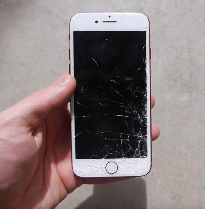 iphone 7 rojo pantalla rota prueba caida frontal