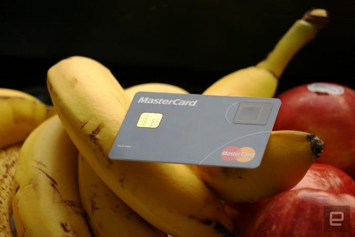 mastercard tarjeta credito lector huellas