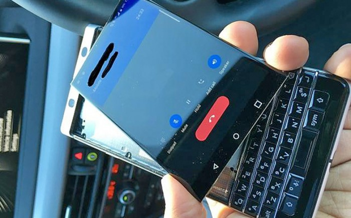 blackberry-keyone-pantalla-despegada