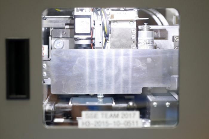 maquina reparadora pantallas iphone2