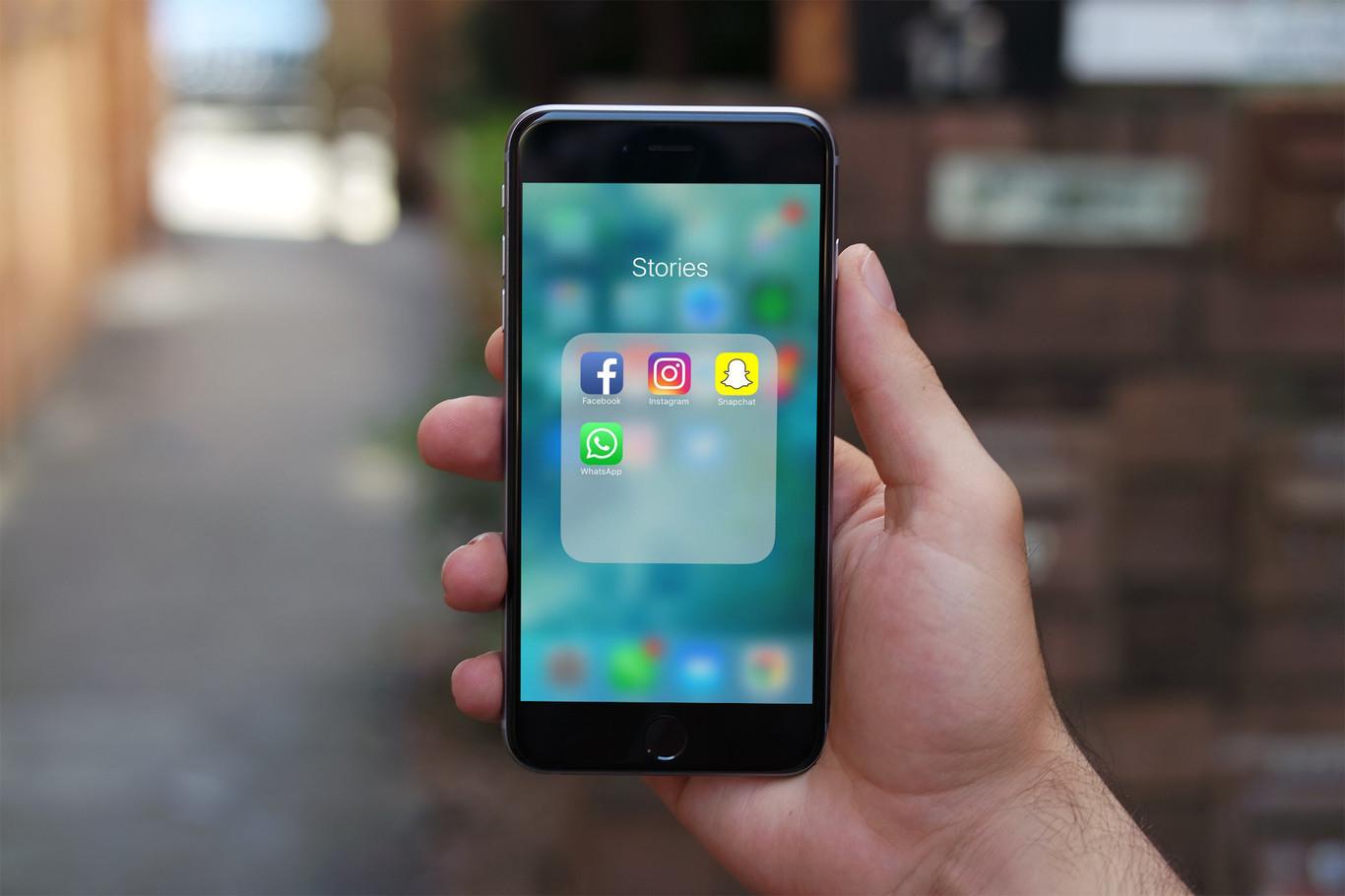 Facebook Stories e Instagram Stories podrían unirse en un futuro
