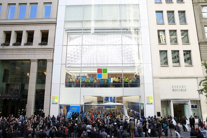 Microsoft-Store-Fifth-Avenue-in-New-York