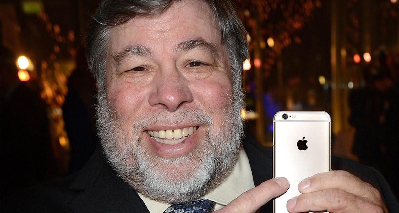 """Wozniak dice """"no"""" al iPhone X"""