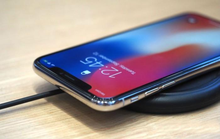 apple-iphone-x-locked-980x620